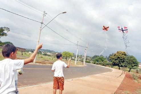 Norte de Minas - Samu alerta para os perigos de acidentes provocados pela linha com cerol