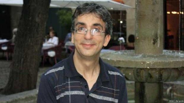 José Martín, 41 anos, tradutor, perdeu emprego e casa durante a crise econômica
