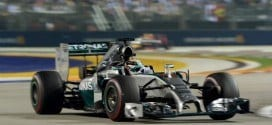 Com a vitória, Hamilton assumiu a liderança do Mundial