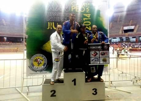 Norte de Minas - Instrutor do Samu é campeão brasileiro de Jiu-Jitsu