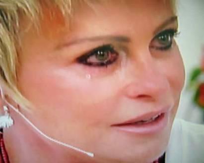 Nascimento de neta faz Ana Maria Braga chorar ao vivo
