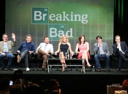 Elenco do seriado Breaking Bad atende entrevista coletiva