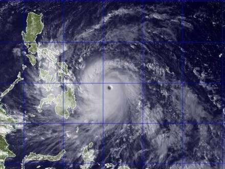 Ásia - Tempestade nas Filipinas mata 5 pessoas