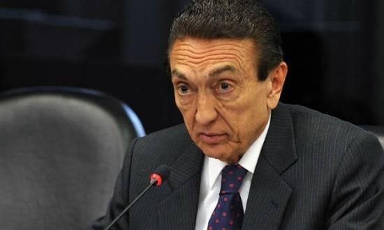 Lobão teria sido citado por Paulo Roberto Costa como beneficiário do esquema de corrupção da Petrobras