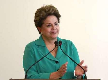 Educação - Alunos que não se dedicam ao Programa Ciência sem Fronteiras desmerecem o País, diz Dilma