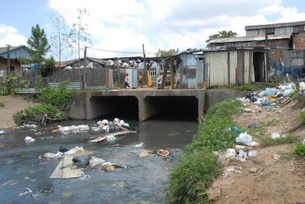 Brasil - Da região Sudeste, Minas Gerais é pior em saneamento básico