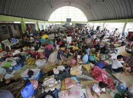 Mais de 200 mil pessoas estão em centros de evacuação