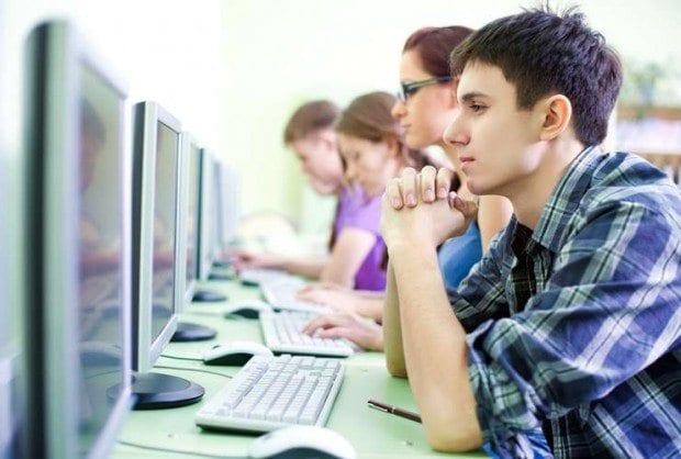 On Byte - Criada em 2002, a rede de cursos profissionalizantes e de informática atua por meio de programas de computador e apostilas de apoio. Com um investimento inicial a partir de R$ 23 mil, a On Byte tem previsão de faturamento mensal de R$ 20 mil e promete retorno entre 12 e 24 meses