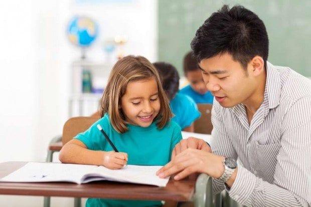 The Kids Club - Criada em 1987, a rede oferece cursos de inglês para crianças a partir de dois anos. Com um investimento inicial a partir de R$ 19 mil, a franquia tem previsão de faturamento mensal estimado de R$ 6 mil e promete retorno do capital inicial em um período de 18 e 24 meses