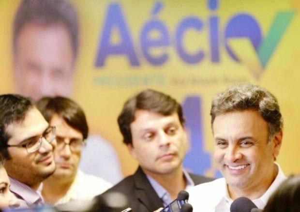Eleições 2014 - Aécio diz que vai rever fator previdenciário