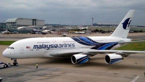 Ásia - Desaparecimento do avião da Malaysia Airlines completa seis meses