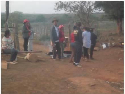 Norte de Minas - MST ocupa a fazenda Duas Barras em Engenheiro Navarro