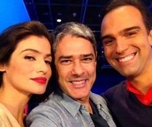 """William Bonner terá uma nova parceira no """"Jornal Nacional"""", assim como Tadeu Schmidt no """"Fantástico"""""""