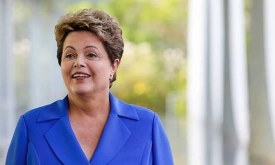 Dilma afirmou que o governo pretende pedir o ressarcimento de todos os recursos desviados pelo esquema comandado por Costa