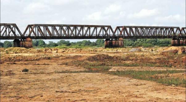 Norte de Minas - Rio São Francisco: técnicos preveem vazões ainda mais reduzidas