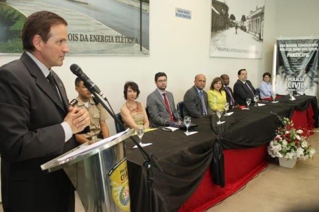 Norte de Minas - Polícia Civil de Pirapora apresenta no delegado regional