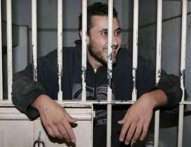Cadu, que é esquizofrênico, foi declarado inimputável (não responsável pelos seus crimes) em 2011