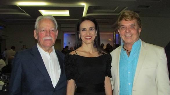 Ney Moreira Bruzzi – Presidente Construtora Caparaó, Maria Cristina Valle – Vice-Presidente Construtora Caparaó  e Theodomiro Paulino