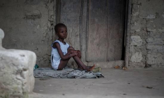 Avaliação do Banco Mundial diz que o impacto econômico do ebola já é sério nesses países e pode ser catastrófico caso se torne uma crise de saúde mais regional