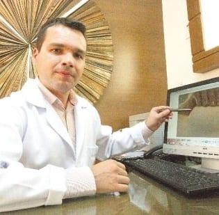 Oncologista Fábio Reder destaca importância de autoexame, mamografia e vida saudável