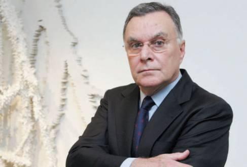 Ex-ministro das Relações Exteriores e diplomata Luiz Felipe Lampreia é um dos que assinam carta de apoio a tucano
