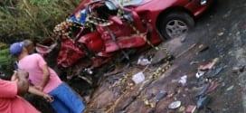 MG - Acidente mata três pessoas da mesma família