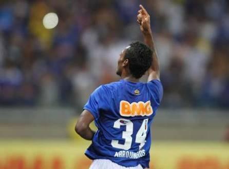 Cruzeiro está nove pontos à frente do Internacional