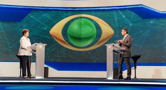 Dilma usa Minas contra Aécio, que tenta mirar o futuro