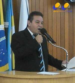 Vereador Diu Andrade destaca a conclusão de  algumas ruas no bairro Carmelo