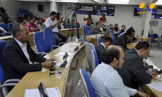Montes Claros - Vereadores de Montes Claros adiam votação do orçamento de 2015
