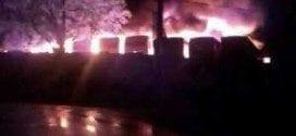 MG - Incêndio atinge garagem da Saritur e fogo destrói 53 ônibus