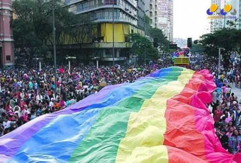 Brasil - A cada hora, um gay sofre violência no Brasil