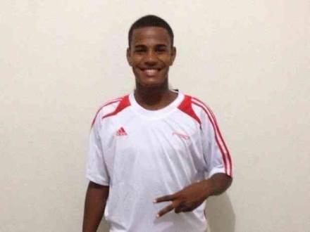 Jogador morreu afogado no Rio Branco, no município de Caracaraí (Foto: Arquivo pessoal/Adroir Bassorici)