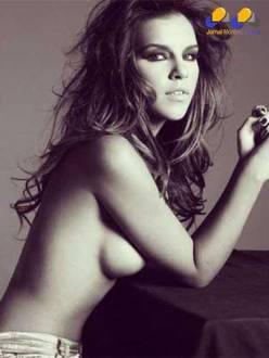 Mariana Rios posou sensual para o livro do fotógrafo J.R. Duran