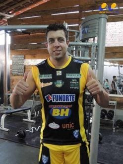 Chegada de Cléber Mineiro, ponteiro que já treina com a equipe do Montes Claros Vôlei