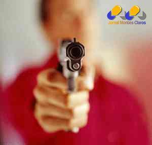 Montes Claros - Homem leva tiro nas costas no bairro Dr. João Alves