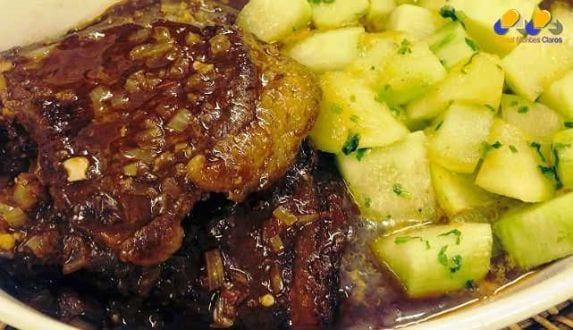 Gastronomia - Receita de Bife com molho barbecue