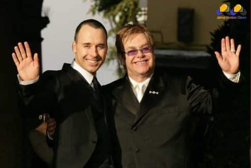 Elton John se casa com David Furnish