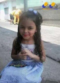 Criança de 4 anos foi atropelada, junto com a mãe, há um mês no bairro Alto Vera Cruz, na região Leste de Belo Horizonte; Polícia Civil garante que está averiguando o caso