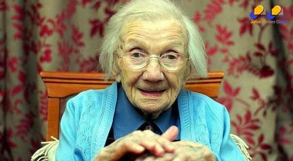 Mulher com 109 anos, que nunca se casou, afirma que o segredo para a longevidade é evitar os homens!