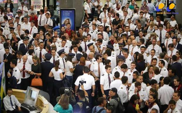Brasil - Aeroportos de todo o Brasil têm voos afetados por paralisação dos aeronautas