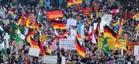 Manifestantes se unem contra o islã em Dresden, leste da Alemanha
