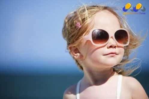 criança-oculos-escuros (jornalmontesclaros)