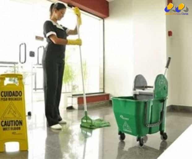 Equipamentos evitam o desperdício de água na limpeza de empresas e residências