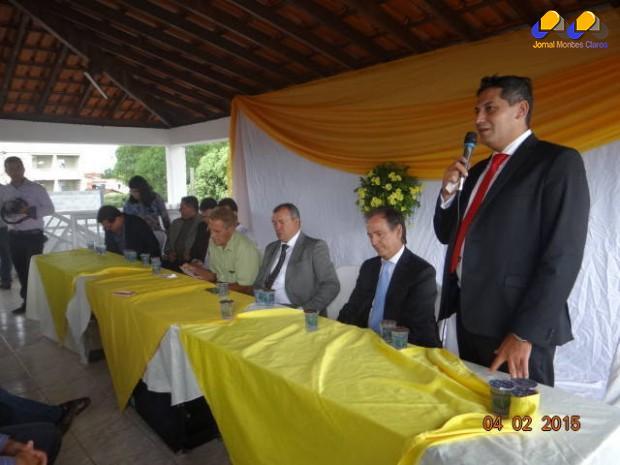 O empresario Rodrigo José Silva ao discursar no evento