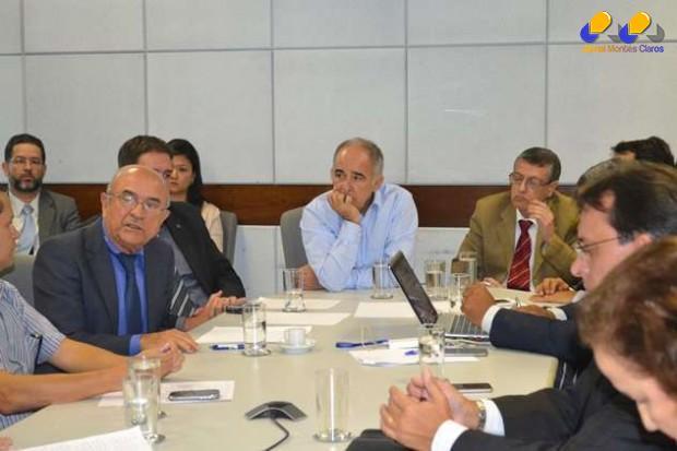 O cenário atual da crise hídrica envolvendo a bacia do rio São Francisco foi tema de nova reunião nesta terça-feira (10), na sede da Agência Nacional de Águas (ANA), em Brasília (DF).
