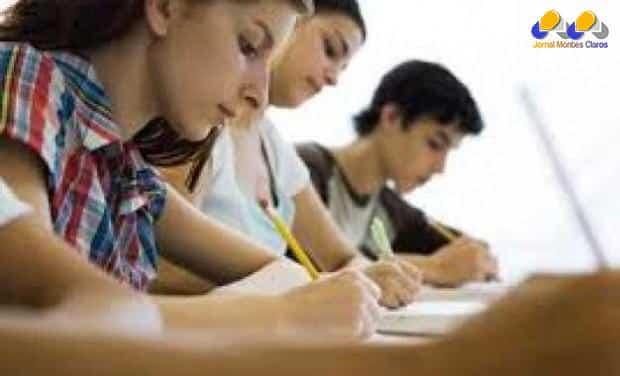 Educação - Universidades particulares podem reajustar matrículas em até 6,4%