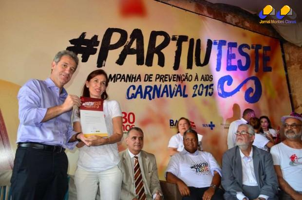 """Campanha """"Partiu teste"""" tem como base o tripé camisinha, teste e medicamento. Foto: Tatiana Azeviche / Setur"""