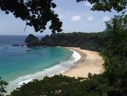 Praia brasileira é eleita a melhor do mundo pela segunda vez