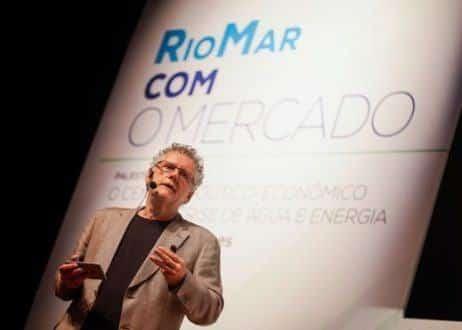 Brasil - Racionamento de água e energia será inevitável em 2015, prevê Sérgio Abranches